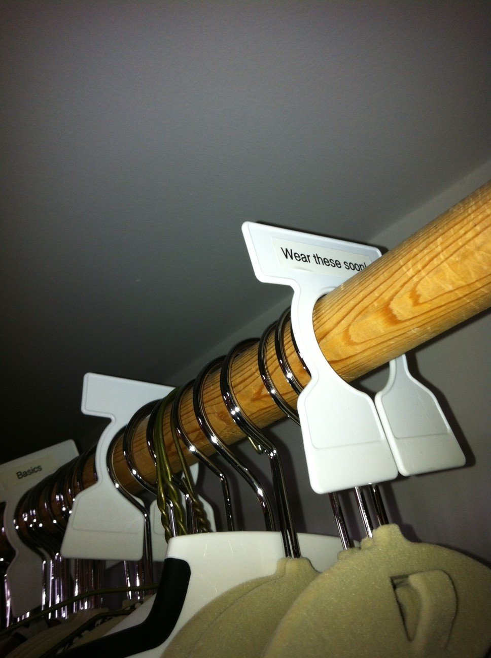 Fab Find: Closet Rod Organizers