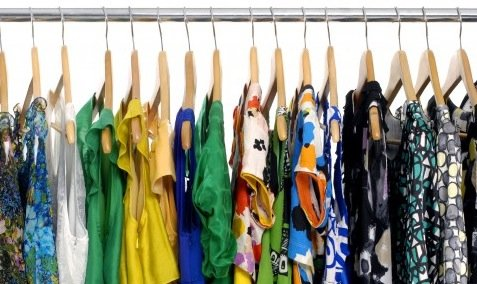 Organize Closet By Color Or Type